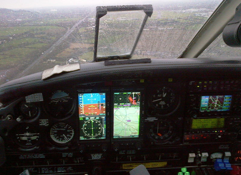 ILS approach for the first time with EI-CMT's new displays in Gloucester